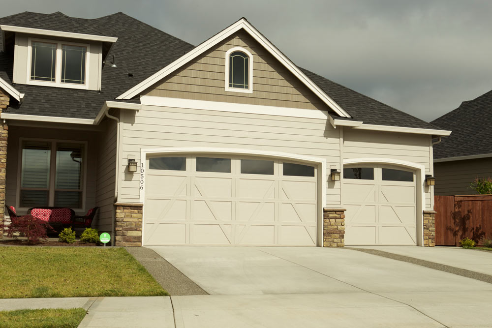 Garage door installations vancouver wa wayne dalton for How big is a standard garage door